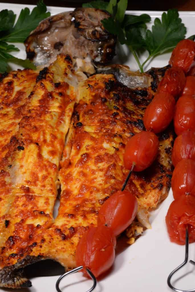 Iraqi grilled fish masgouf international cuisine for Bbq fish grill