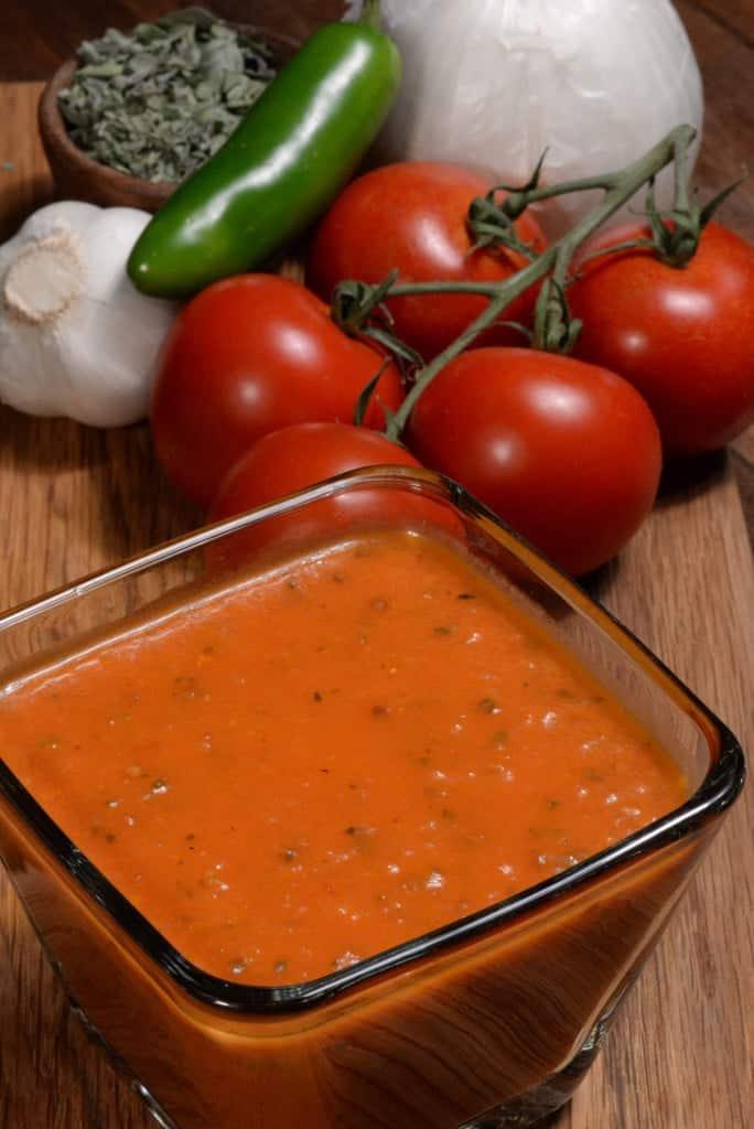 El Salvador salsa roja