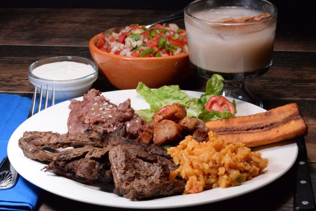Honduran plato tipico