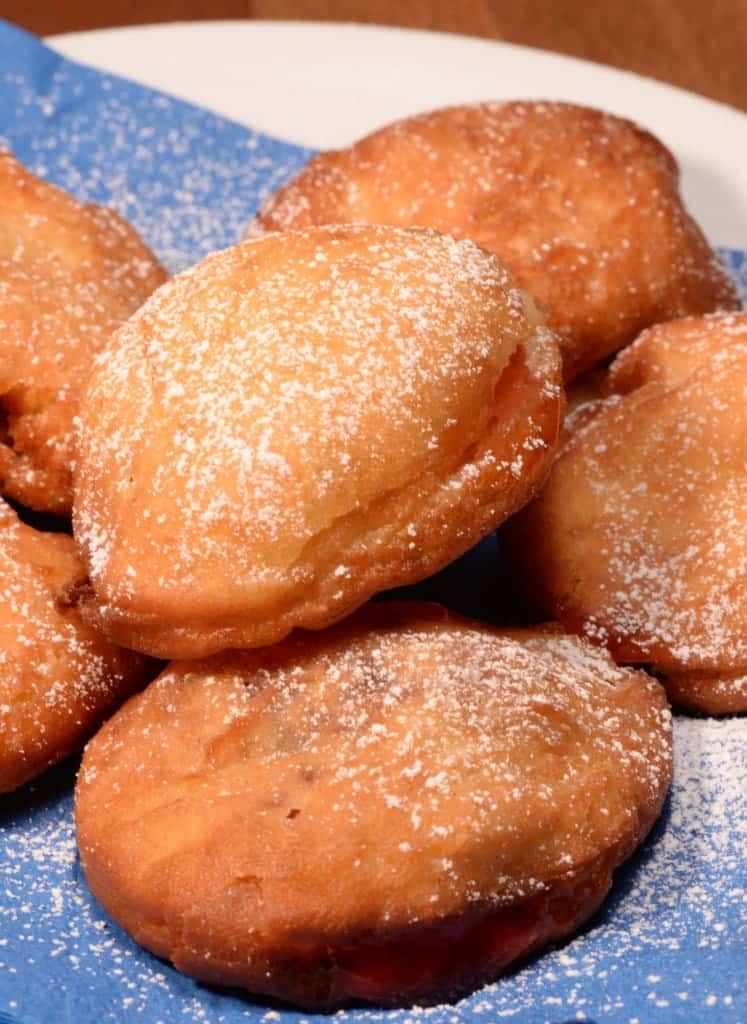 Israeli doughnuts