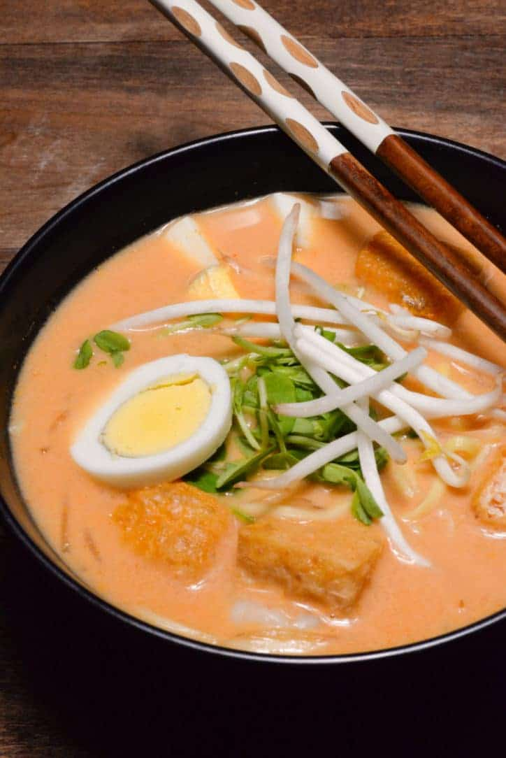 A picture of Malaysian Laksa (a coconut curry soup)