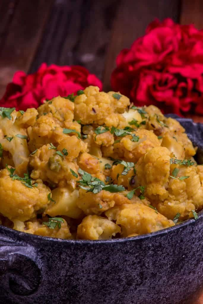 Nepali cauliflower and potato curry